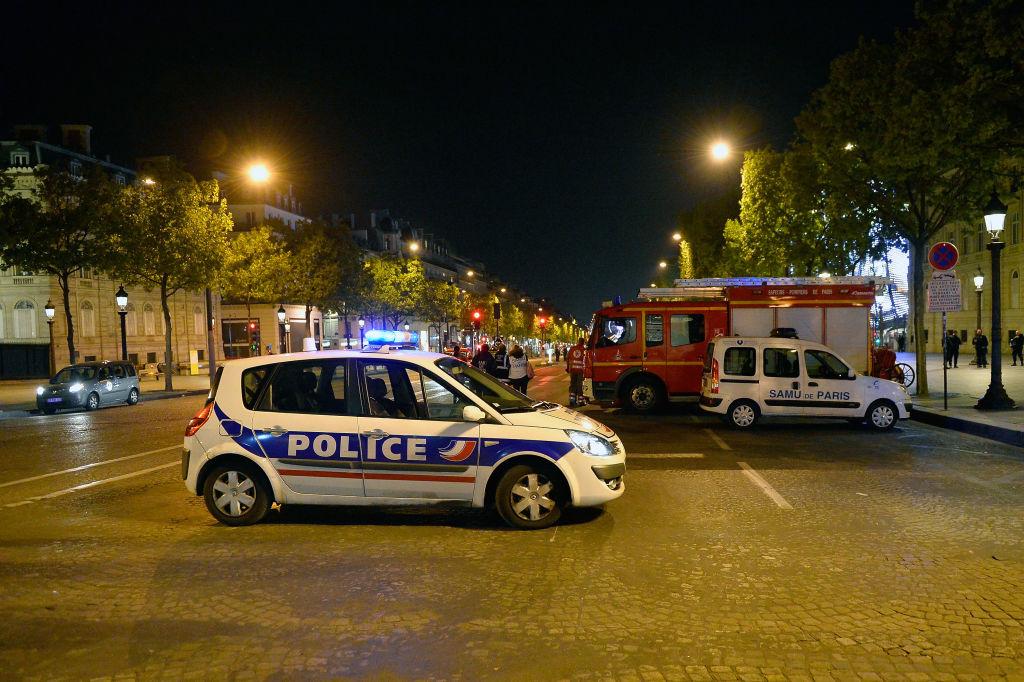 France : la Guerre contre les Pompiers et la Police  par Yves Mamou